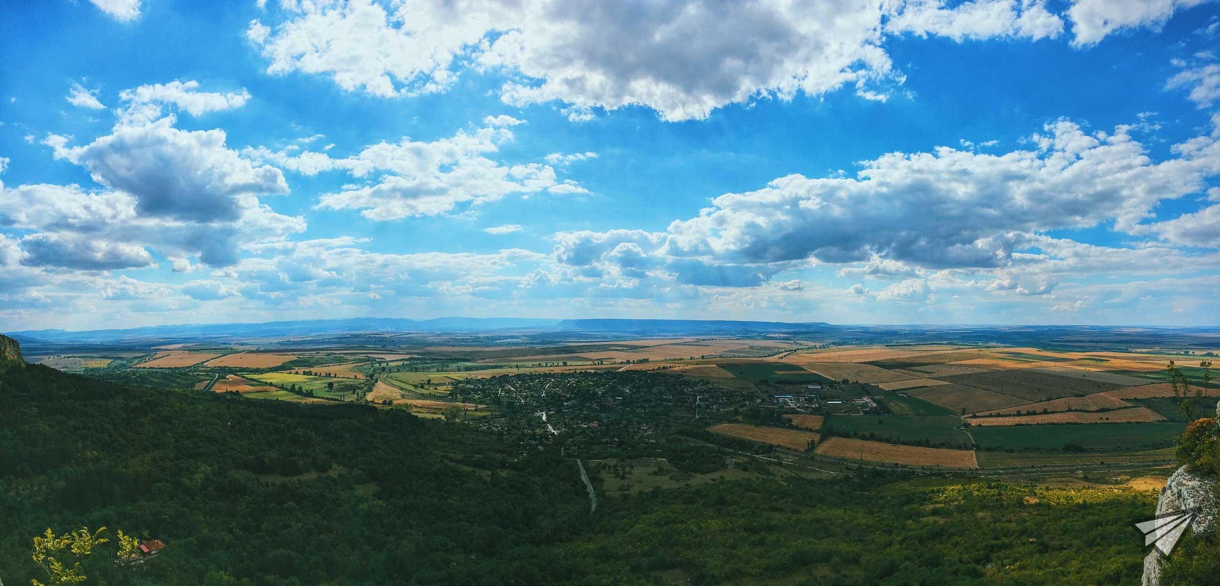 Панорама от Мадарския коник