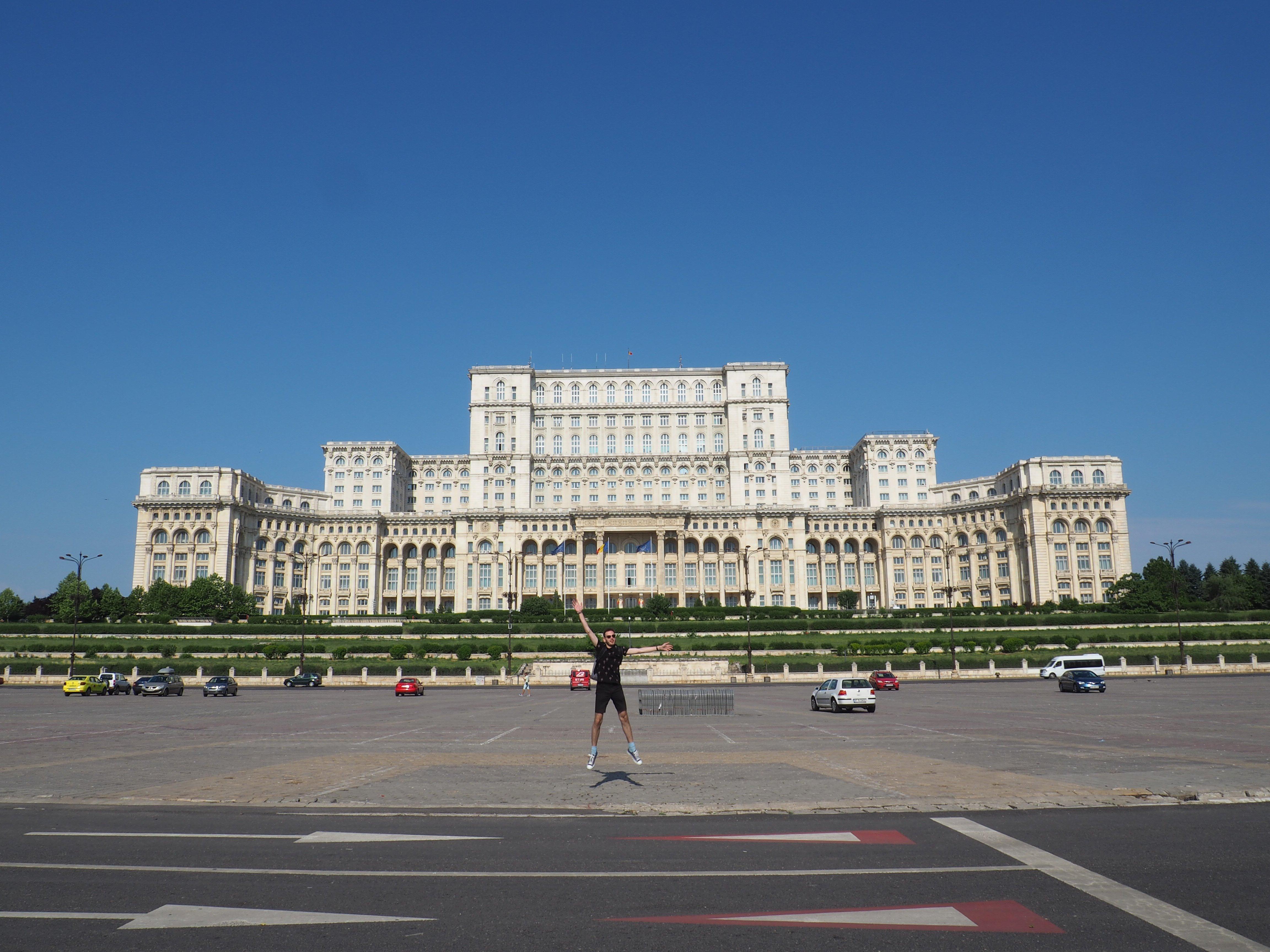 Wanderers in Bucharest