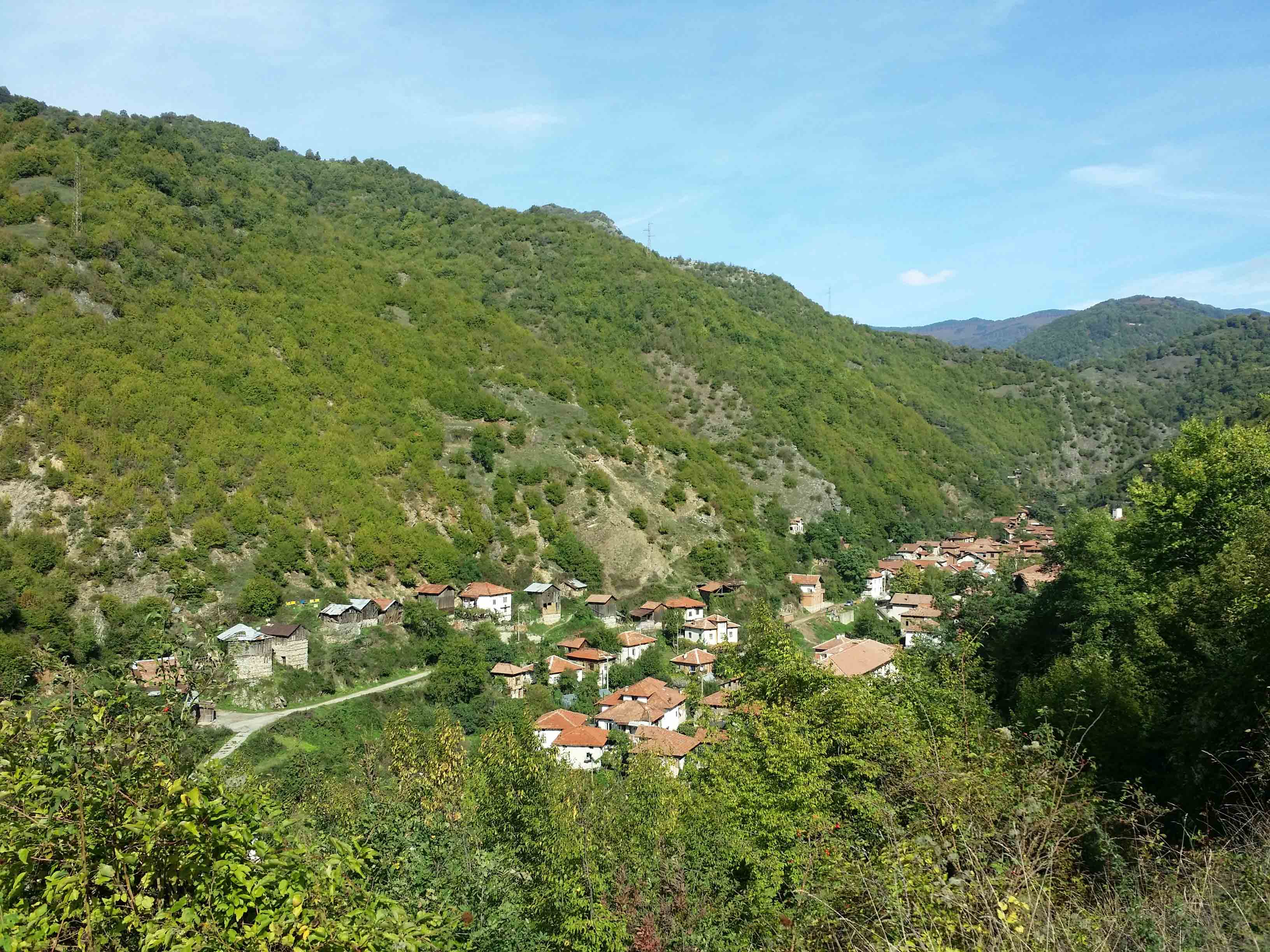 Pirin village overview