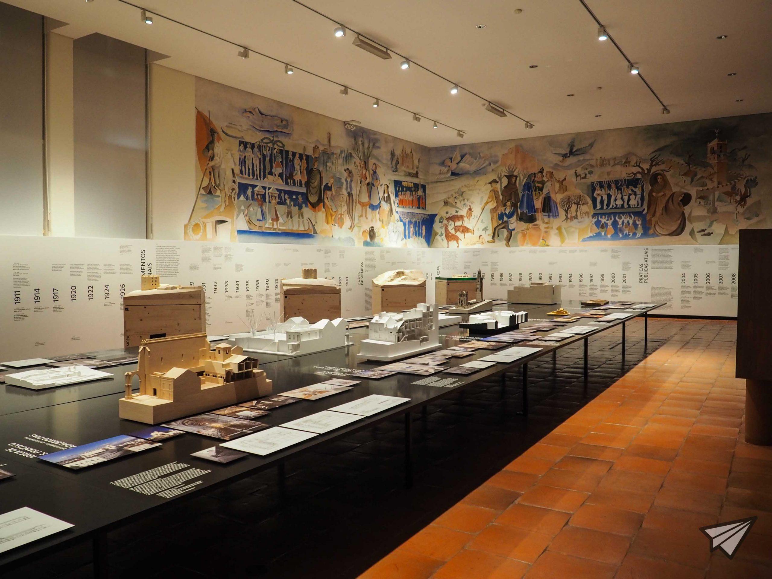 Museu de Arte Popular art