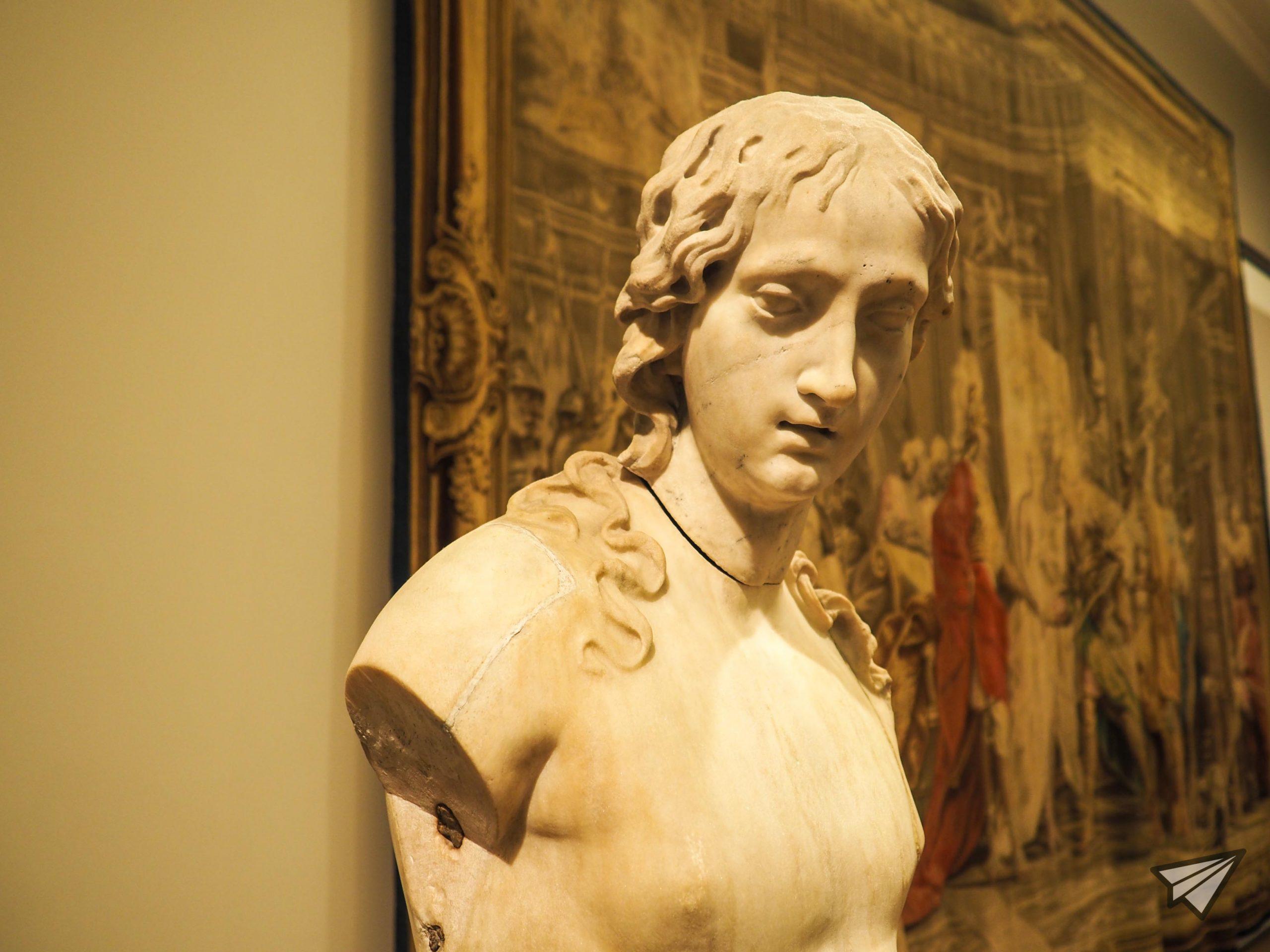 Museu Nacional de Arte Antigua statue