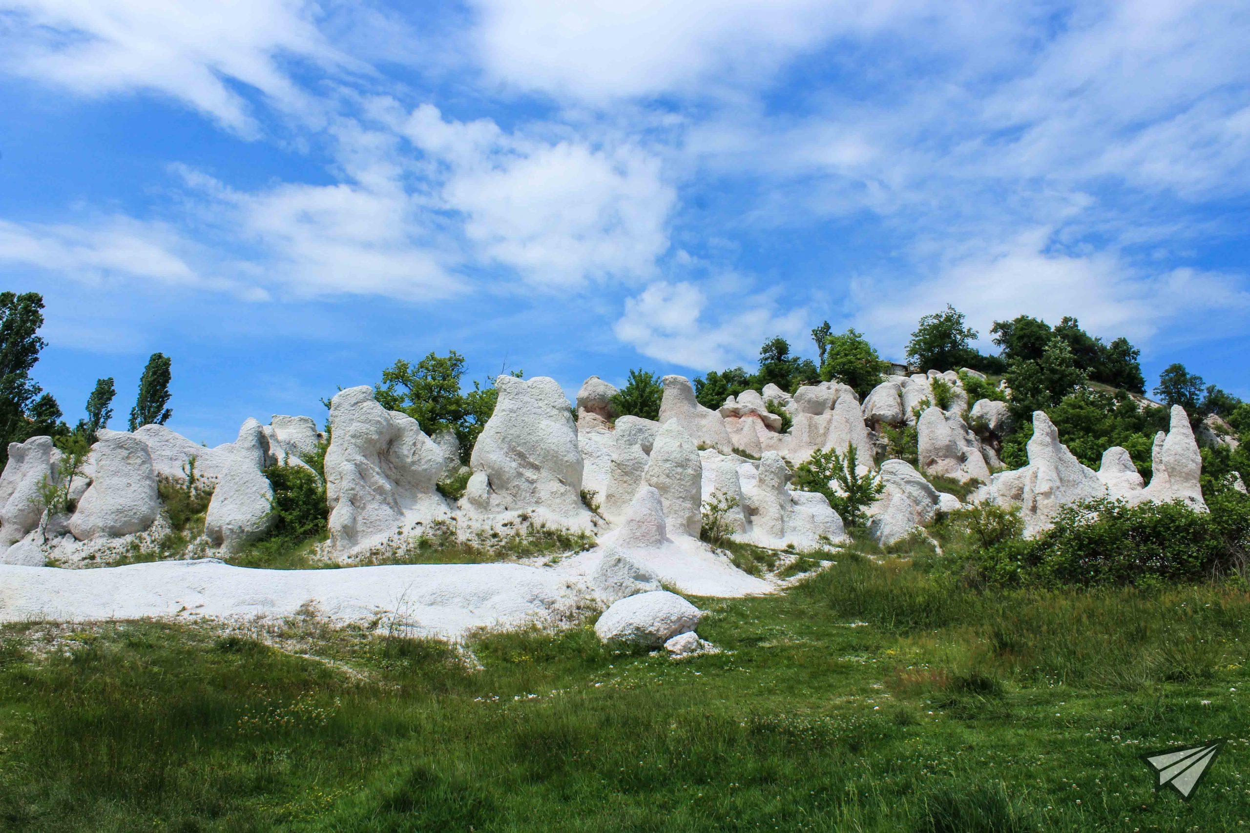 Кърджалийски пирамиди отдолу