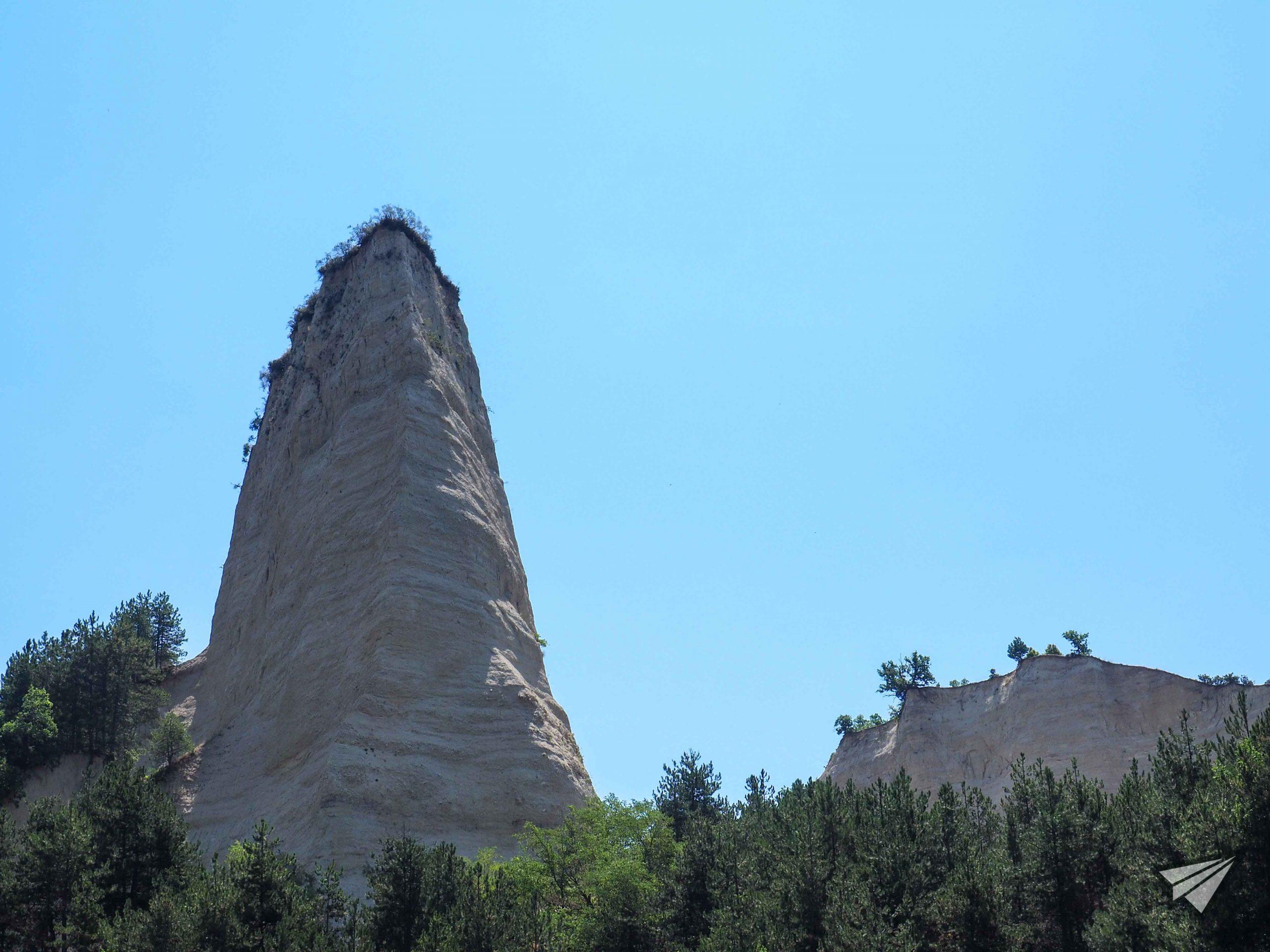 Кърлановски земни пирамиди