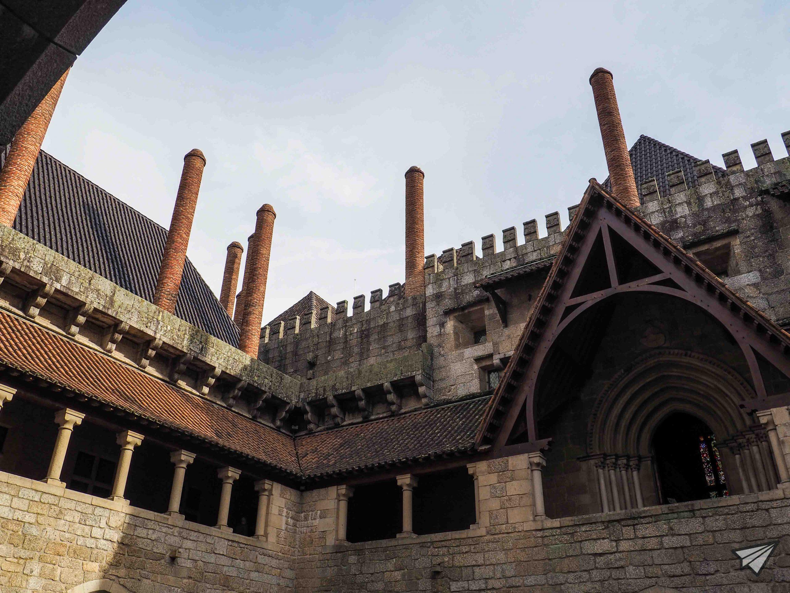 Дворецът на херцозите на Браганса