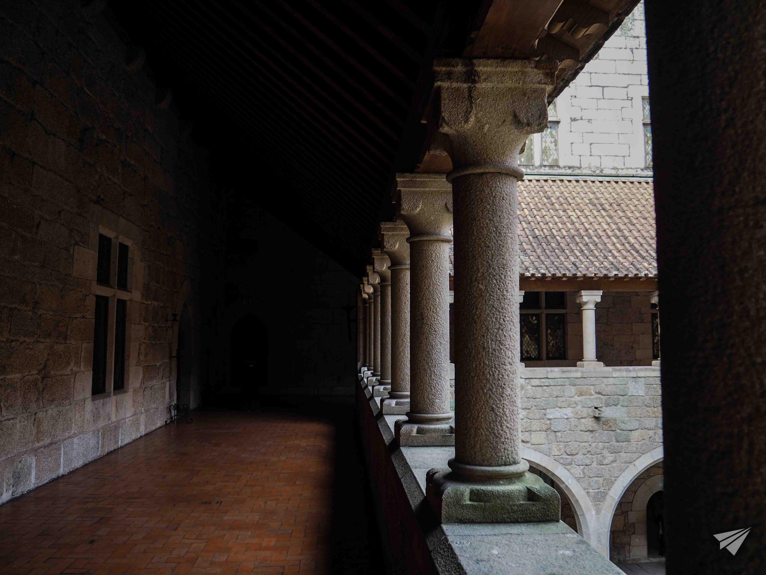 Коридори на дворецът на херцозите на Браганса