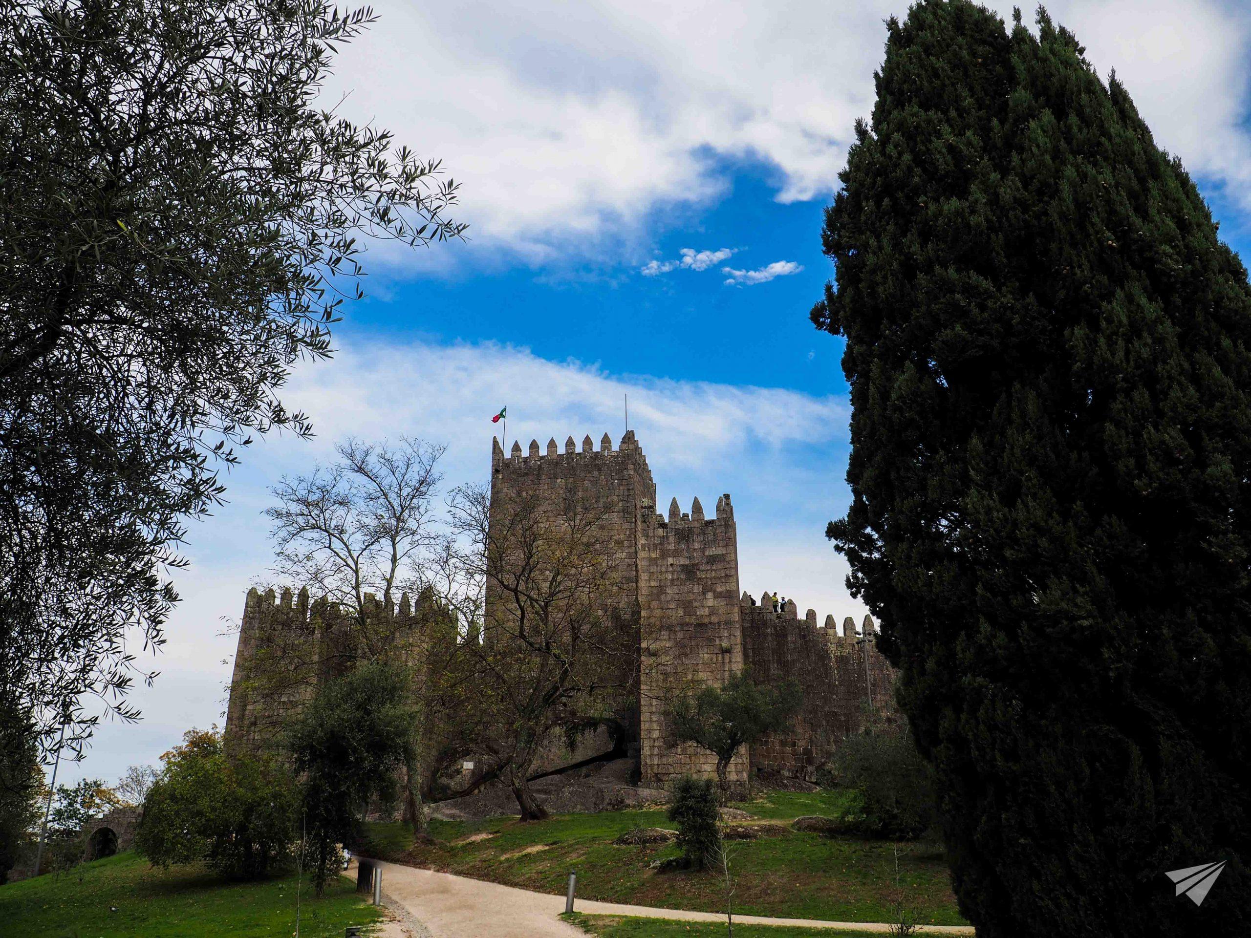 Замъкът Гимараеш